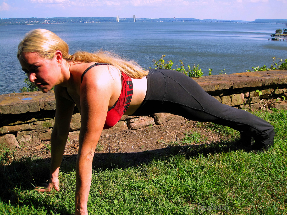 Jolene Planks At Nyack Beach Park In Front Of The Beautiful Vista Of The Manhattan Skyline